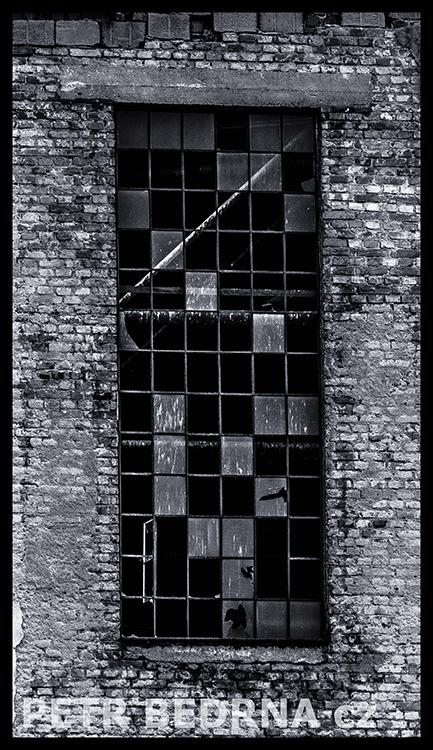 Okno, cukrovar, Cerhenice, Kolín, 2012