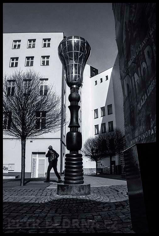 Lampa-Edison, Liberec, 2016, Jaroslav Róna